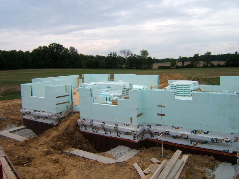 Insulated concrete form hountz concrete for Icf concrete forms
